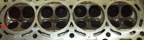 Головка блока с деформированным седлом клапана Honda Accord