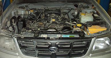 Установленный двигатель Subaru Forester
