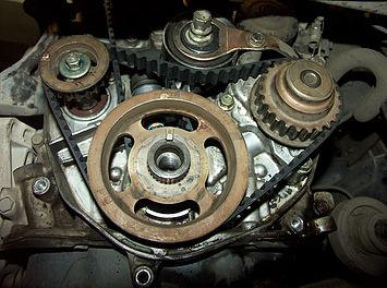 Установленный ремень балансировочного вала Honda Accord