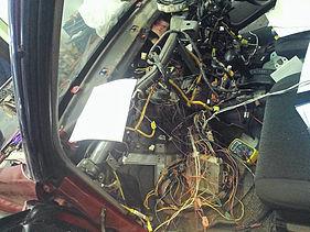 Работы с проводкой Subaru Forester в салоне