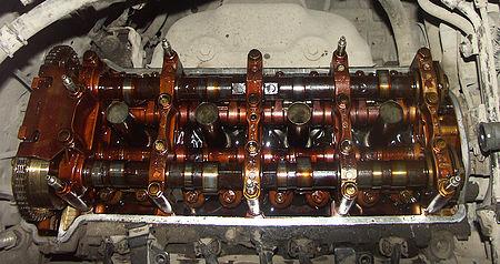Старый двигатель Honda CR-V