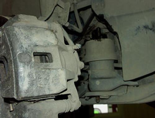 Работы с подвеской и обслуживание тормозных суппортов Lexus RX330